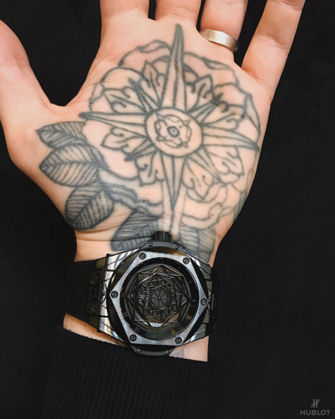 The hublot big bang sang bleu a watch inspired by the for Sang bleu tattoo