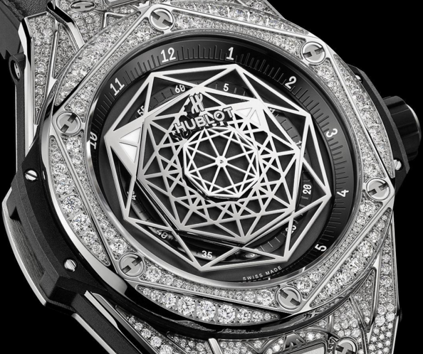 Hublot Big Bang Sang Bleu Diamond Pave Finish
